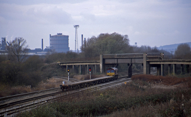 66249, 10.45 Westbury-Newport Alexandra Dock Junction, Llandevenny, near Llanwern, 3-12-02.
