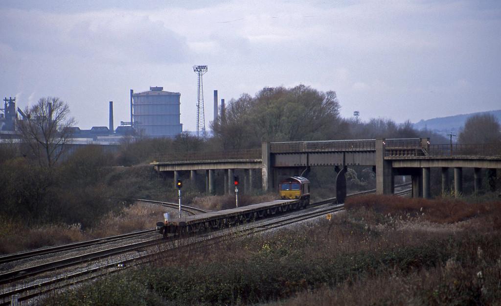 66249, 10.45 Westbury-Newport Alexandra Dock Junction, Llandevenny, near Llanwern, 3-12-02.