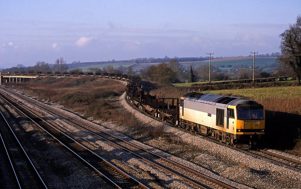60021, 10.52 Margam-Lackenby, Llandevenny, near Llanwern, 17-12-02.