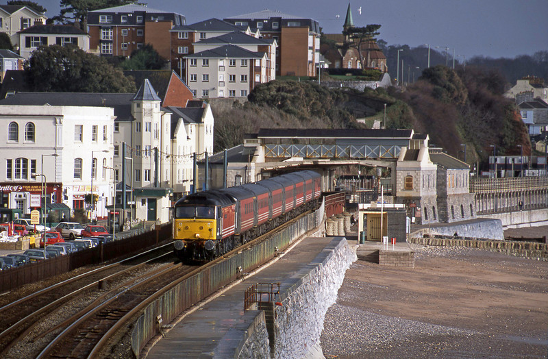 47831, 06.05 Derby-Plymouth, Dawlish, 26-2-02.