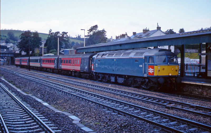 47853, 08.46 Penzance-Manchester Piccadilly, Totnes, 15-1-02.
