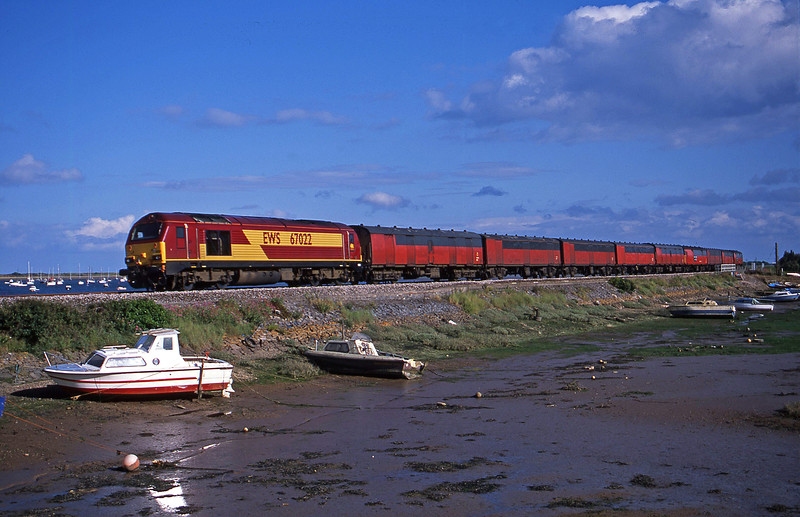 67022, 17.23 Plymouth-Low Fell, Cockwood Harbour, near Starcross, 3-7-02.