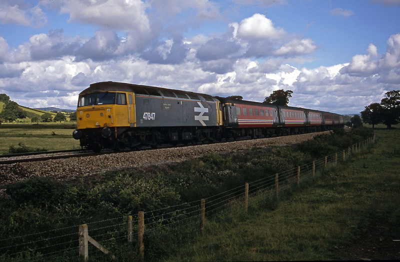 47847, 06.05 Derby-Plymouth, Powderham, near Exeter, 10-7-02.