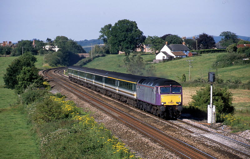 57601,07.30 Plymouth-London Paddington, Rewe, near Exeter, 18-7-02.