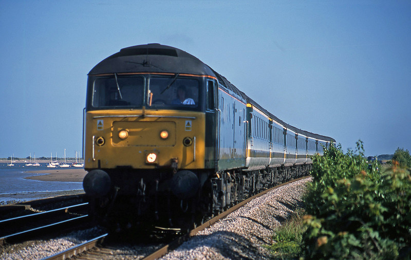 47832, 16.38 Plymouth-London Paddington, Starcross, 28-6-02.