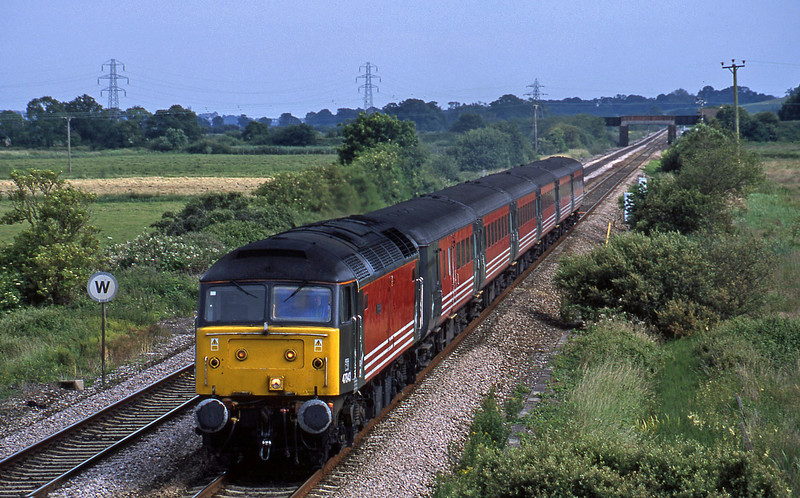 47843, 15.50 Plymouth-Leeds, Exminster, near Exeter, 25-6-02.
