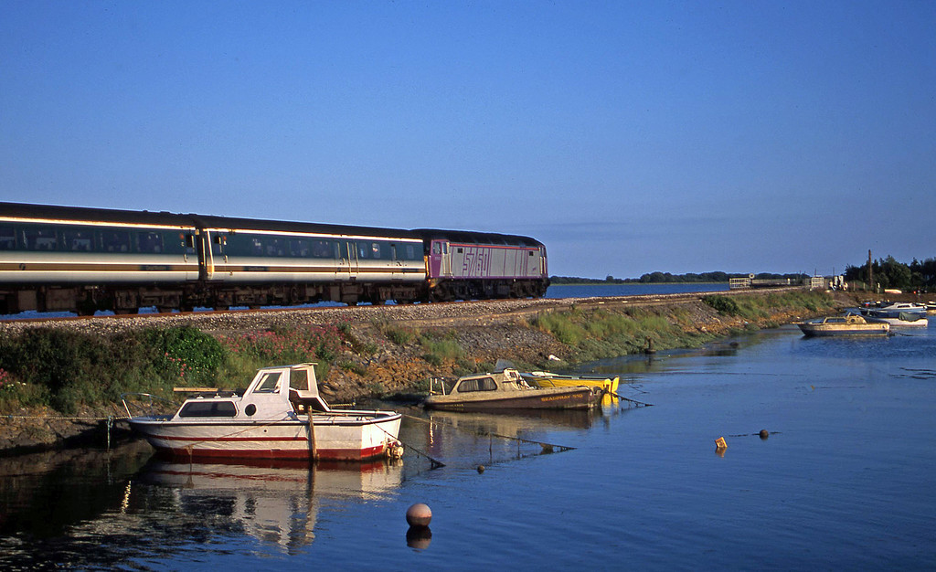 57601, 16.15 London Paddington-Plymouth, Cockwood Harbour, near Starcross, 24-6-02.