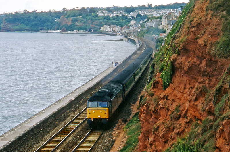 47813, 14.30 Penzance-London Paddington, Dawlish, 23-6-02.