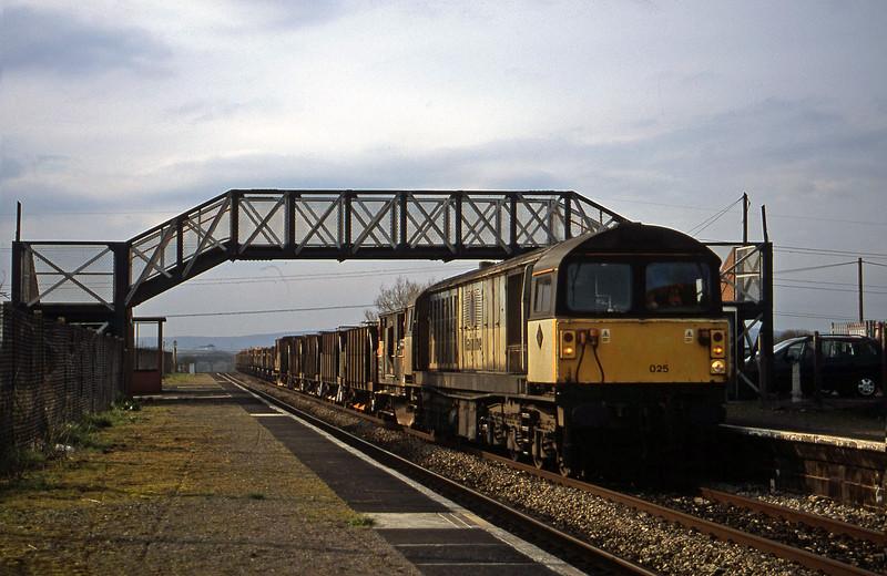 58025, 14.42 Newport Alexandra Dock Junction Yard-Westbury Yard, Pilning, 12-3-02.