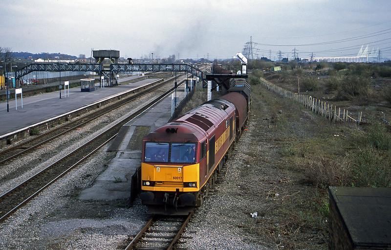 60017, 09.55 Round Oak-Margam, Severn Tunnel Junction, 12-3-02.