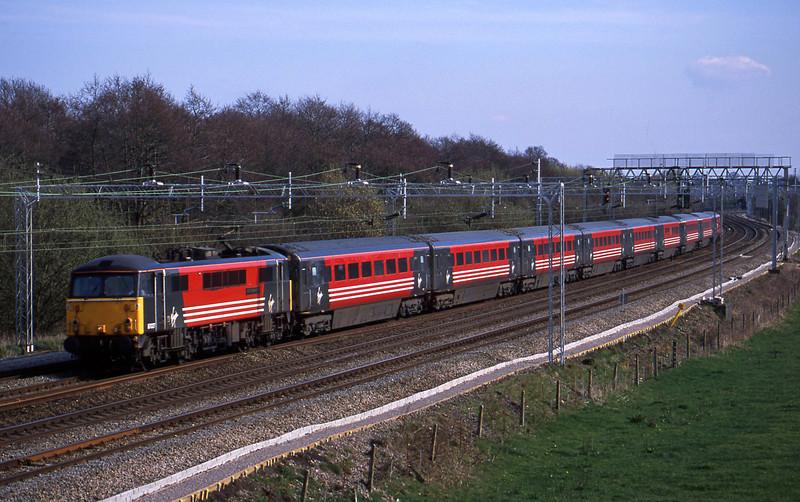 87027, 12.30 London Euston-Glasgow, Slindon, Staffs, 26-3-02.