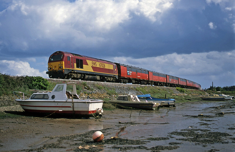 67026, 15.09 Plymouth-Low Fell, Cockwood Harbour, near Starcross, 29-5-02.