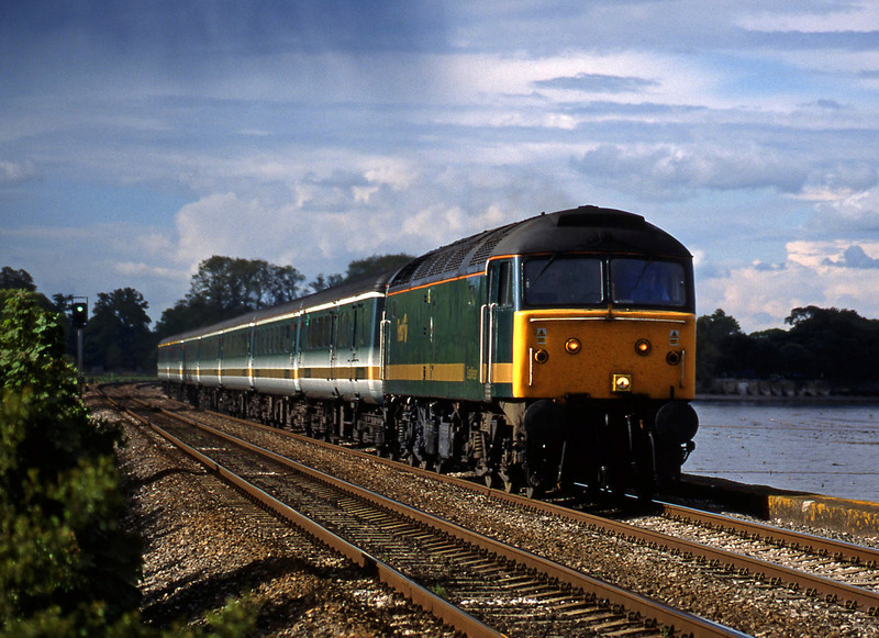 47830, 14.33 London Paddington-Plymouth, Powderham, near Exeter, 2-5-02.