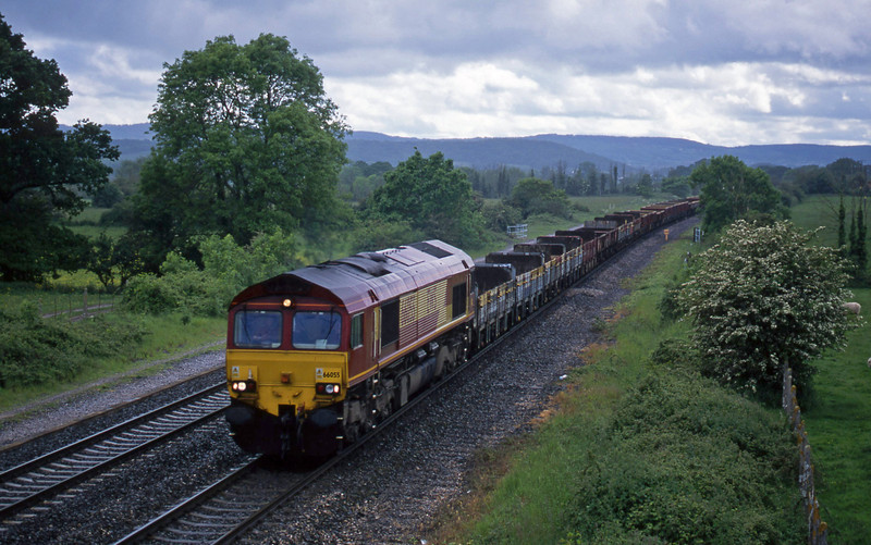 66055/66245, top'n'tail up departmental, Cogload, 26-5-02.