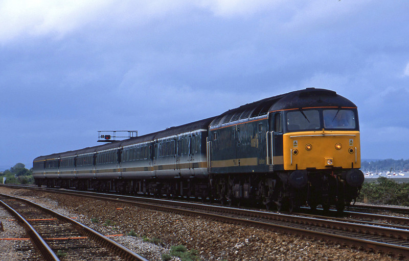 47811, 14.33 London Paddington-Plymouth, Dawlish Warren, 28-5-02.