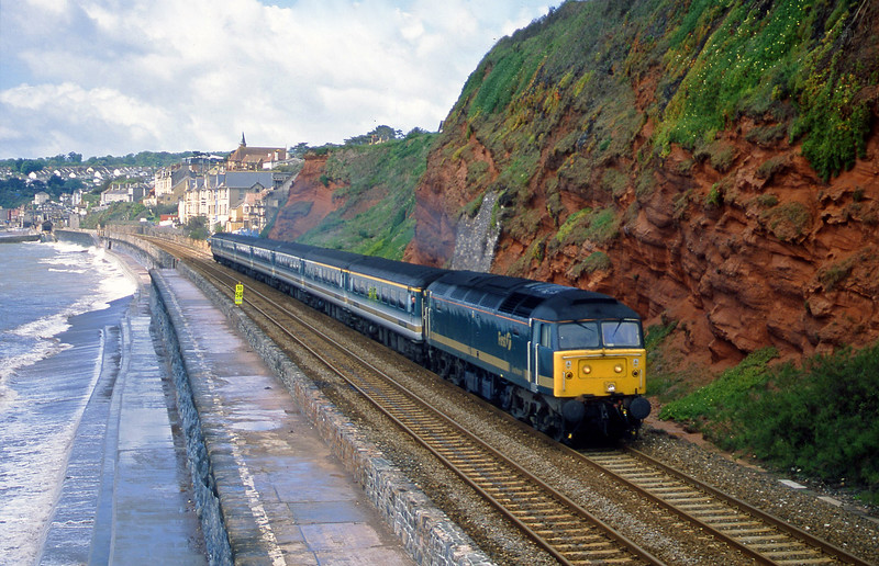 47830, 08.20 Penzance-London Paddington, Dawlish, 14-5-02.
