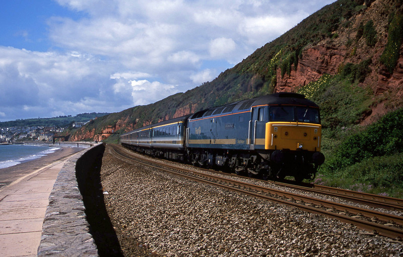 47813, 08.20 Penzance-London Paddington, Dawlish, 29-5-02.
