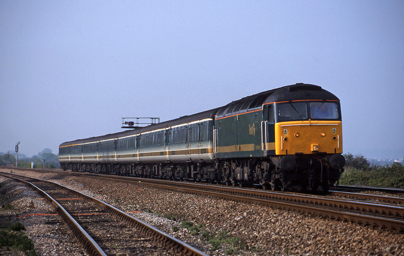 47811, 14.33 London Paddington-Plymouth, Dawlish Warren, 8-5-02.