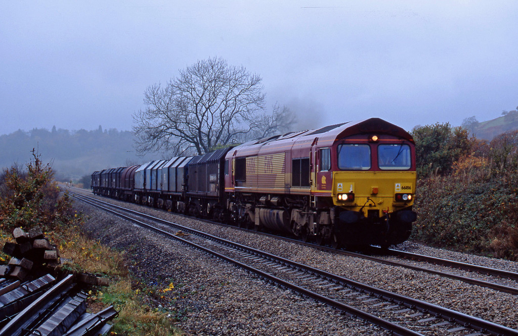 66186, Llanwern-Dee Marsh, Caerleon, near Newport, 10-11-02.