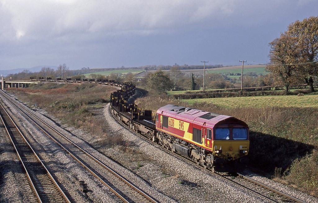 66208, Llanwern-Lackenby, Llandevenny, near Llanwern, 12-11-02.