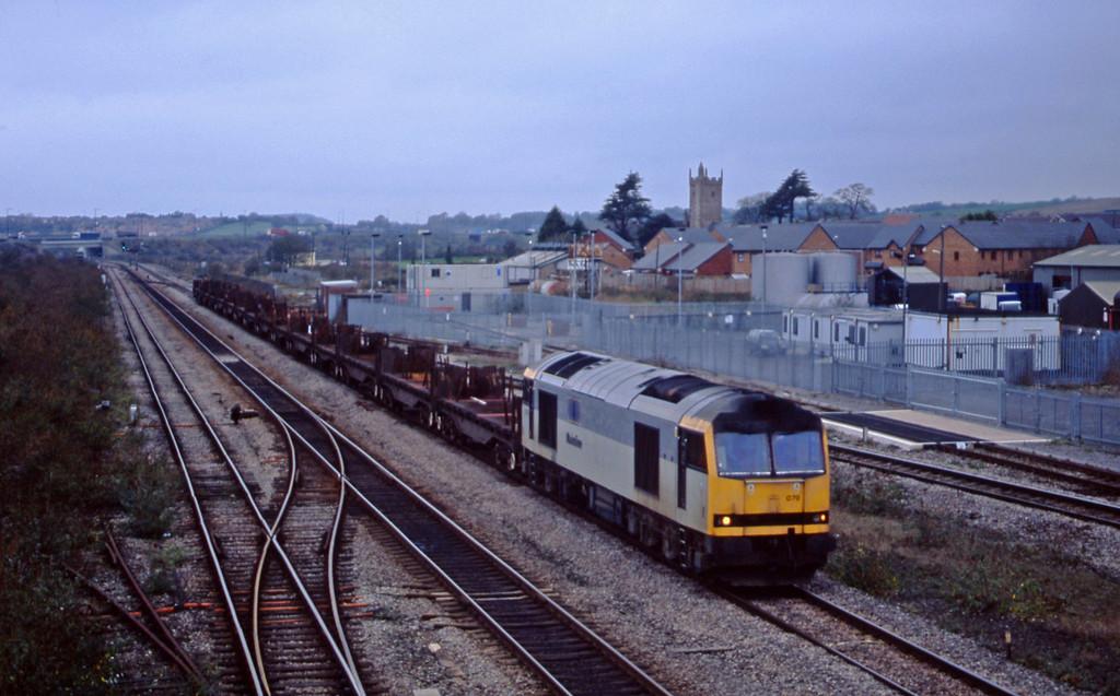 60079, 12.23 Llanwern-Lackenby, Severn Tunnel Junction, 5-11-02.