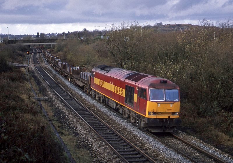60047, 10.59 Margam-Dee Marsh, Brynna, near Bridgend, 21-11-02.