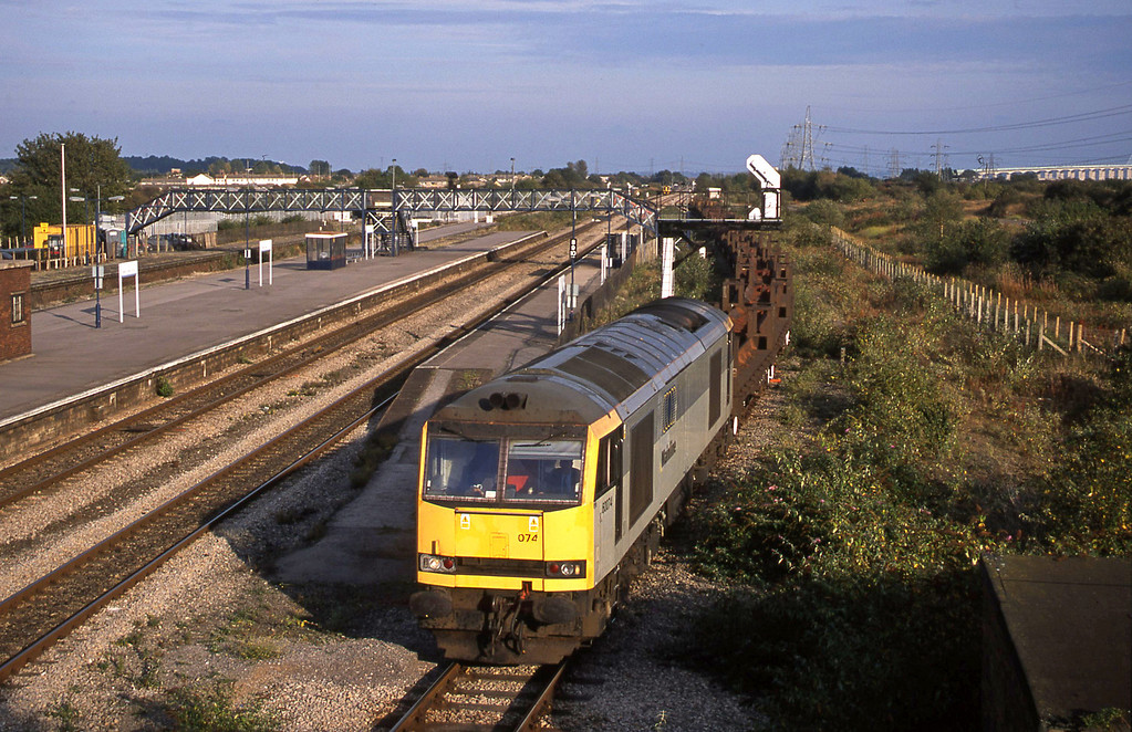 60074, 10.15 Corby-Margam, Severn Tunnel Junction, 9-10-02.