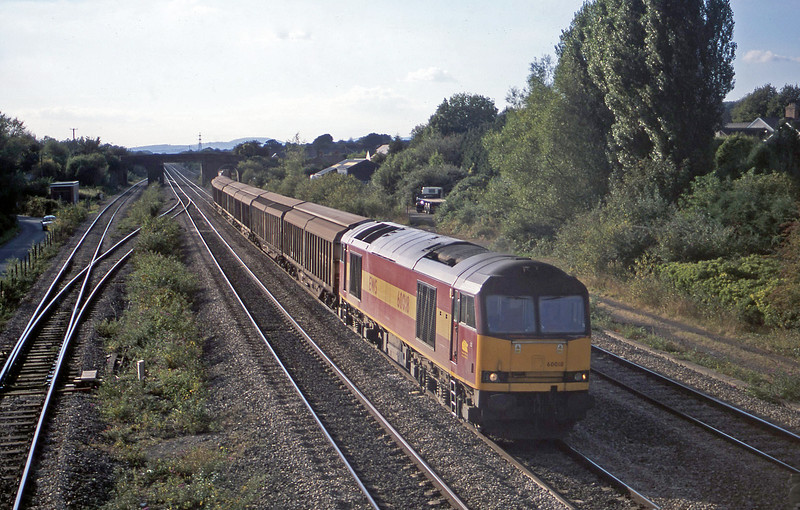 60018, 16.38 Newport Alexandra Dock Junction Yard=Wembley, Magor, 24-9-02.