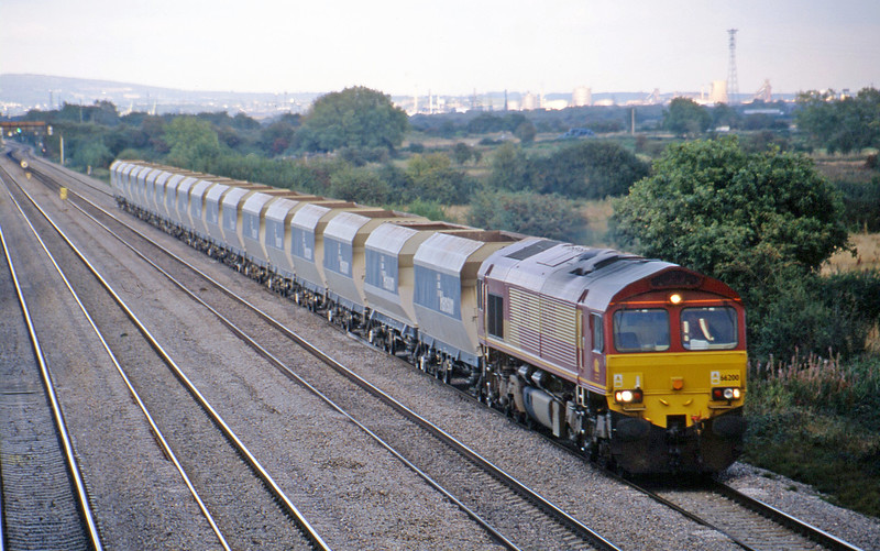 66200, 15.54 Westbury Yard-Tower Colliery, St Mellons, Cardiff, 24-9-02.