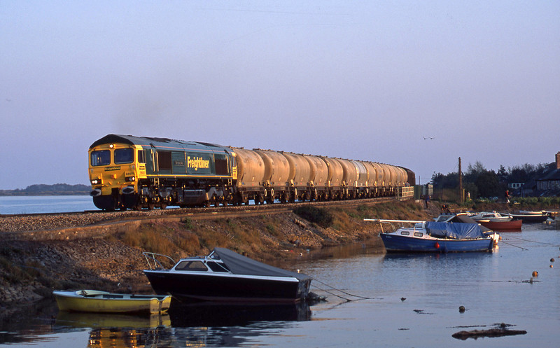 66601, Moorswater-Earles, Cockwood Harbour, near Starcross, 17-4-03.
