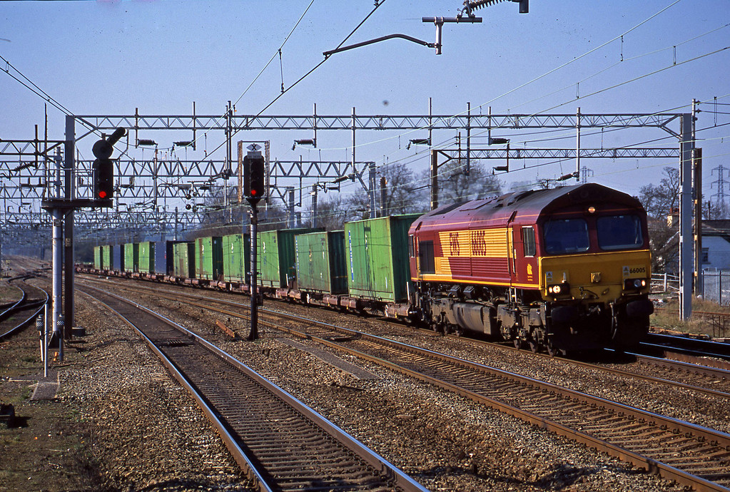 66005, unidentified up containers, 66005, Rugeley Trent Valley, 8-4-03.