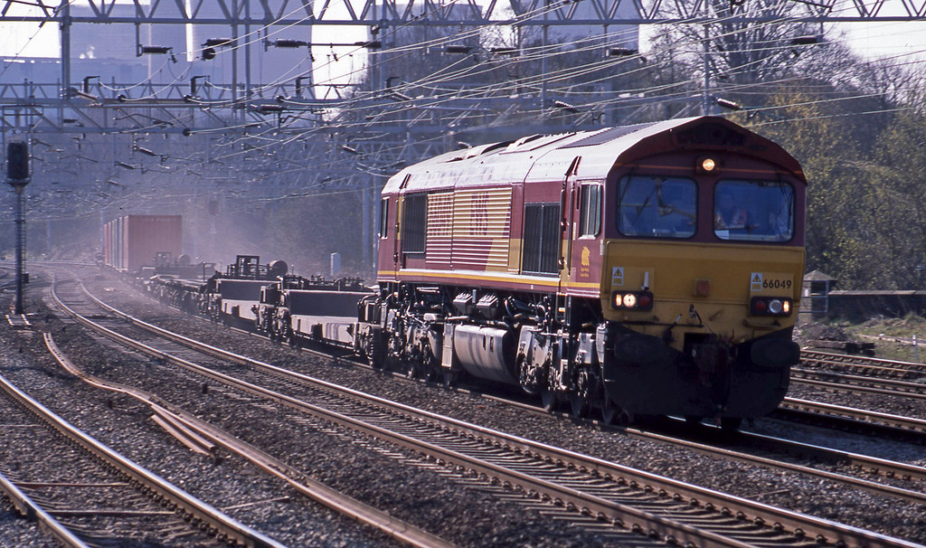 66049, 05.00 Southampton-Ditton, Rugeley Trent Valley, 8-4-03.