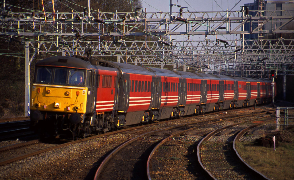 86259, Euston-Manchester, Rugeley Trent Valley, 8-4-03.