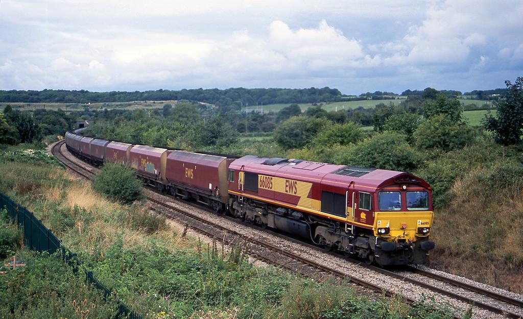 66085, 11.47 Avonmouth Bulk Handling Terminal-Didcot Power Station, Brentry, Bristol, 21-8-03.