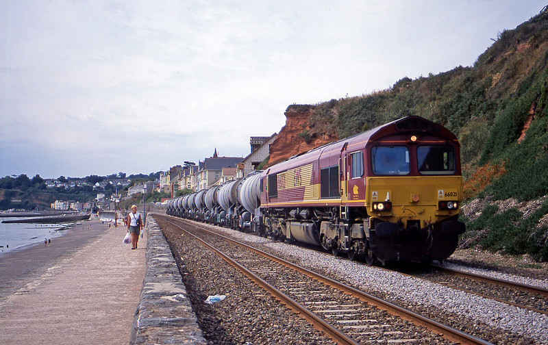 66021, 09.38 Burngullow-Irvine, Dawlish, 13-8-03.