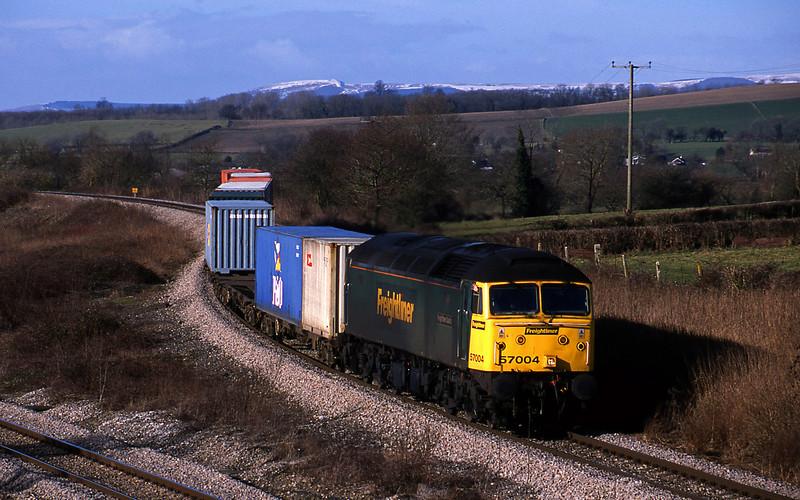 57004, 10.08 Cardiff Wentloog-Southampton, Llandevenny, near Llanwern, 4-2-03.