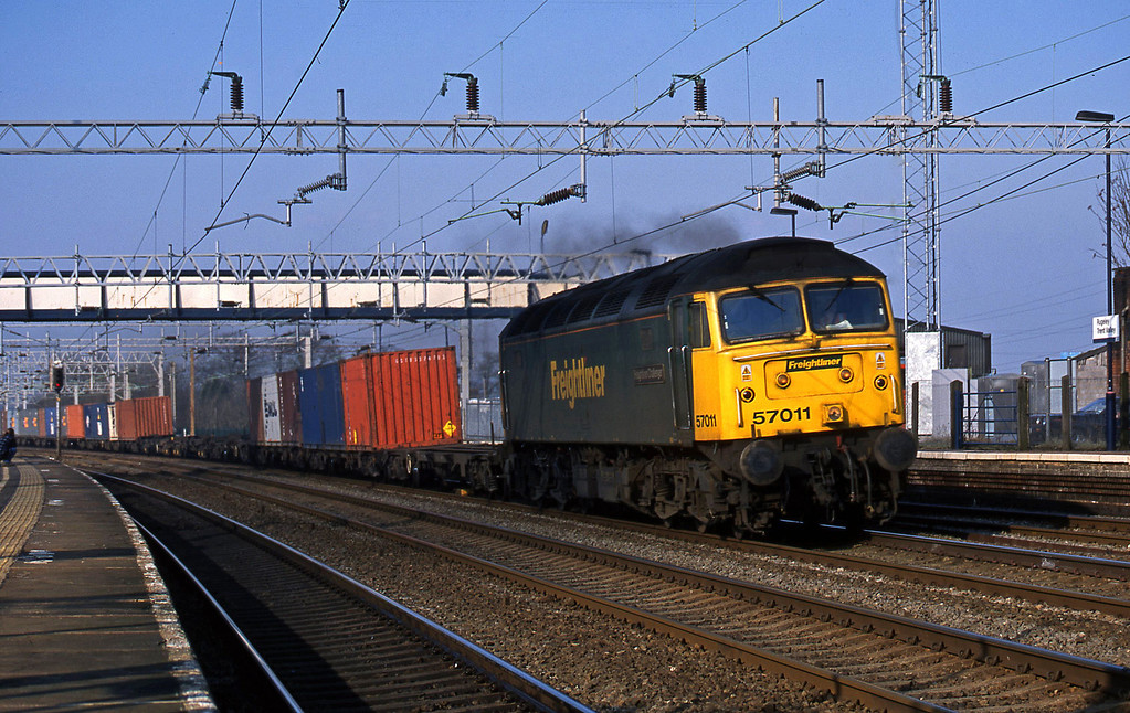57011, 06.32 Manchester Trafford Park-Southampton, Rugeley Trent Valley, 18-2-03.