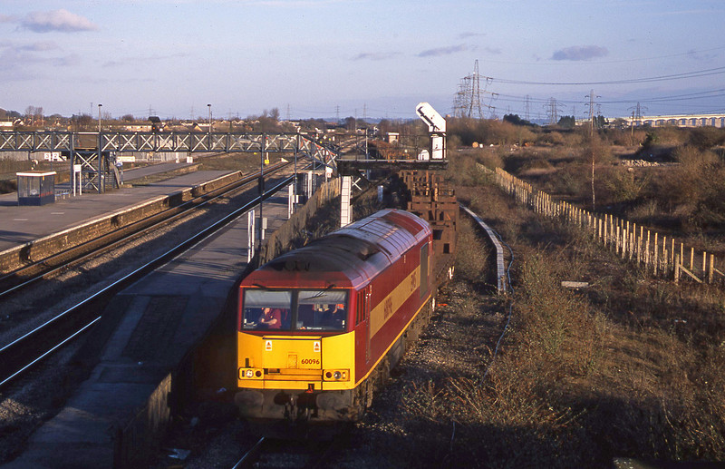 60096, 10.10 Corby-Margam, Severn Tunnel Junction, 29-1-03.