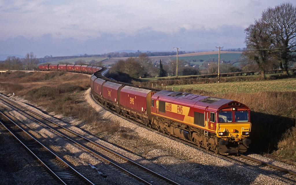 66081, Aberthaw-Avonmouth, Llandevenny, near Llanwern, 7-1-03.