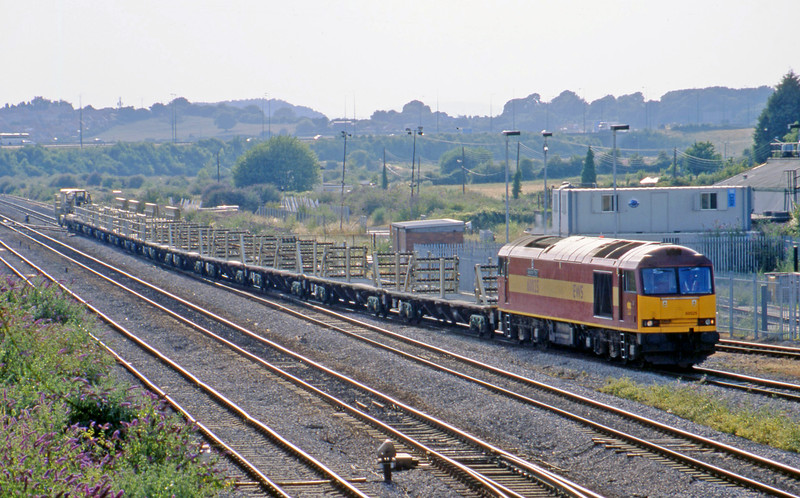 60025, 17.07 Newport Alexandra Dock Junction Yard-Westbury Yard, Severn Tunnel Junction, 15-7-03.
