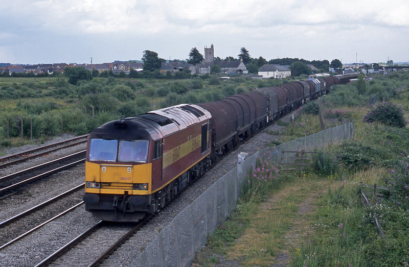 60047, 14.00 Round Oak-Margam, Severn Tunnel Junction, 1-7-03.