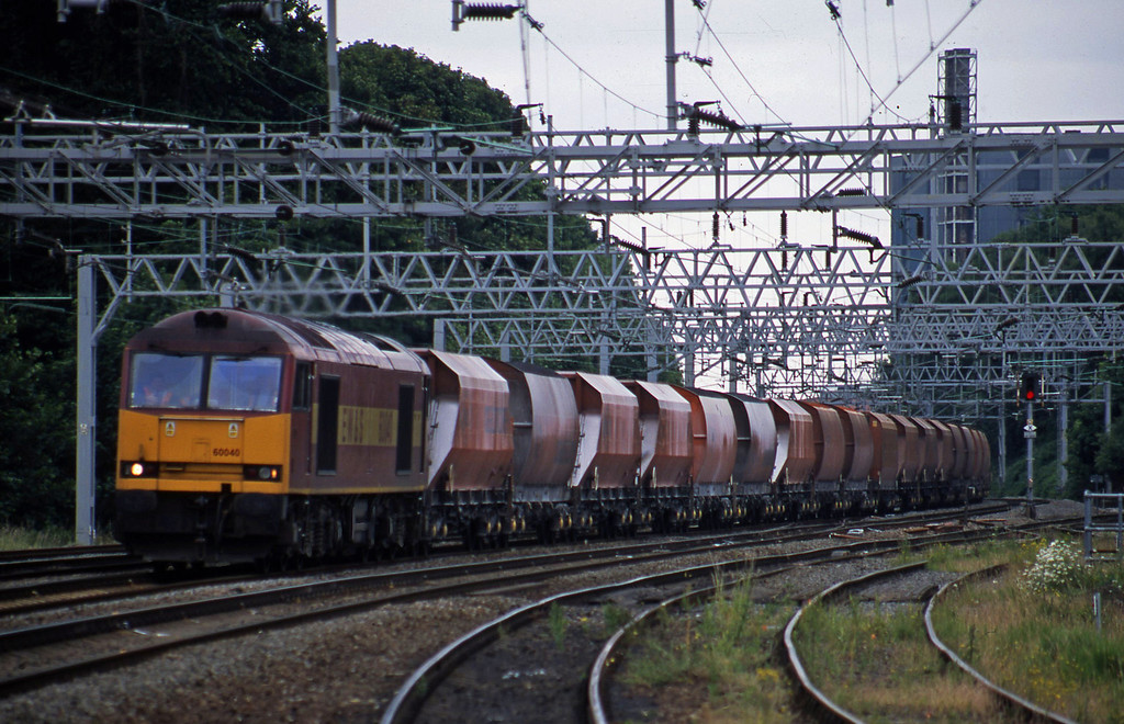 60040, 09.37 Bletchley-Peak Forest, Rugeley Trent Valley, 24-6-03.
