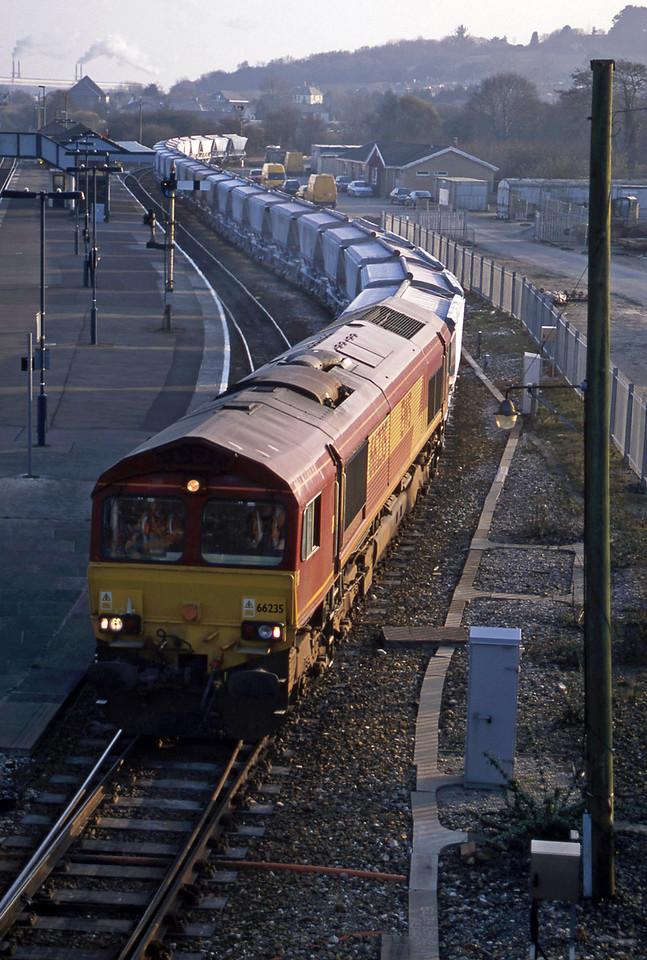 66235, Goonbarrow-Fowey, Par, 18-3-03.