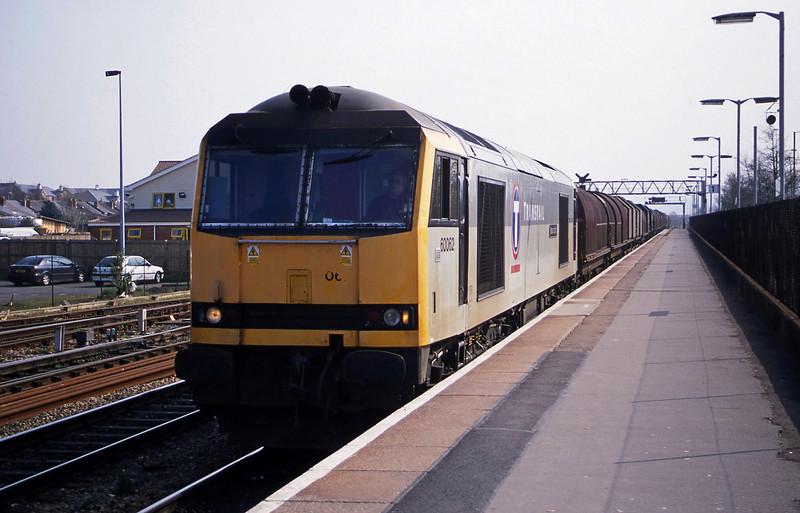 60062, 09.55 Round Oak-Margam, Gloucester, 27-3-03.
