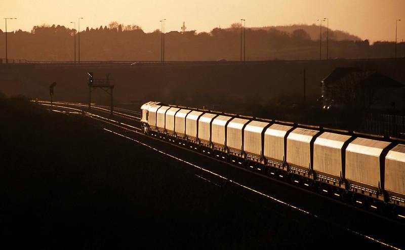 66058, Avonmouth Bulk Handling Terminal-Aberthaw Power Station, Severn Tunnel Junction, 11-3-03.