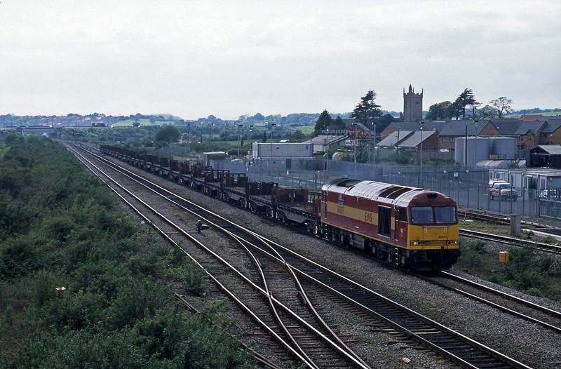 60097, 17.19 Llanwern-Lackenby, Severn Tunnel Junction, 7-5-03.