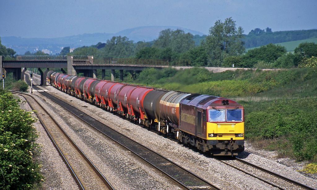 60051, 05.36 Robeston-Westerleigh,  Llandevenny, near Llanwern, 28-5-03.