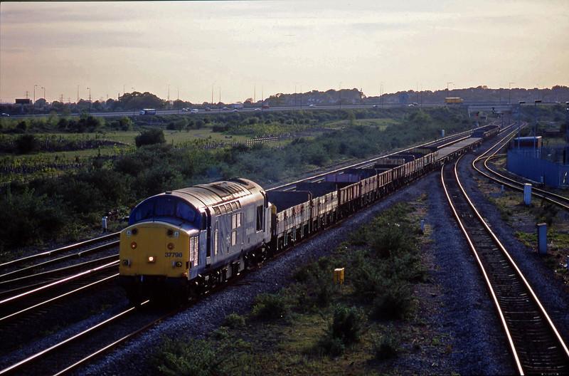 37798, 18.17 Newport Alexandra Dock Junction-Bescot Yard, Severn Tunnel Junction, 6-5-03.