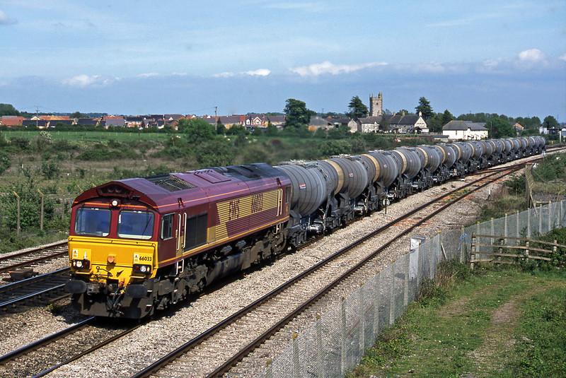66033, 09.40 Burngullow-Irvine, Severn Tunnel Junction, 7-5-03.