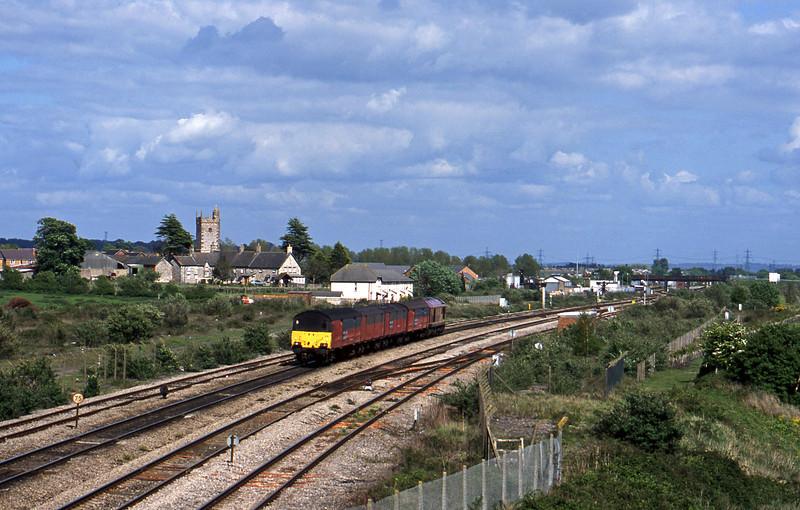 67028, 14.25 Swansea-London, Severn Tunnel Junction, 6-5-03.